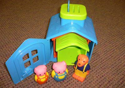 CCR001188 3 Little Pigs