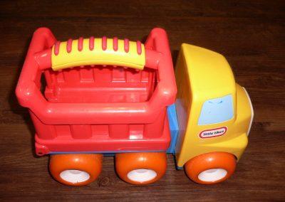 CCR001329 Donnie Dump Truck