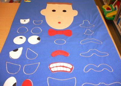 CCR001677 Mr Face Flannel