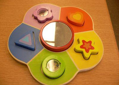 CCR001717 Mirror Shape Puzzle