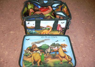 CCR001762 Dinosaur Playset