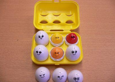 CCR001781 Peek & Peep Eggs