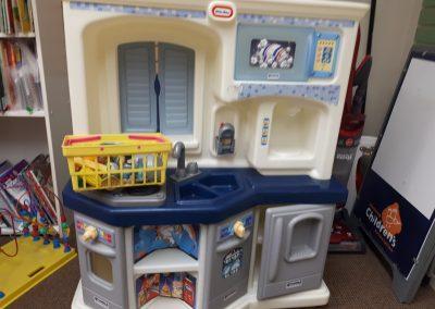 CCR002274 Large blue kitchen