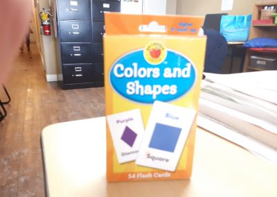 CCR002551 Flash Cards Colors and Shapes