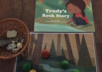 CCR002669 Trudy's Rock Story Kit