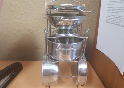 ccr002710 Metal pots and pans
